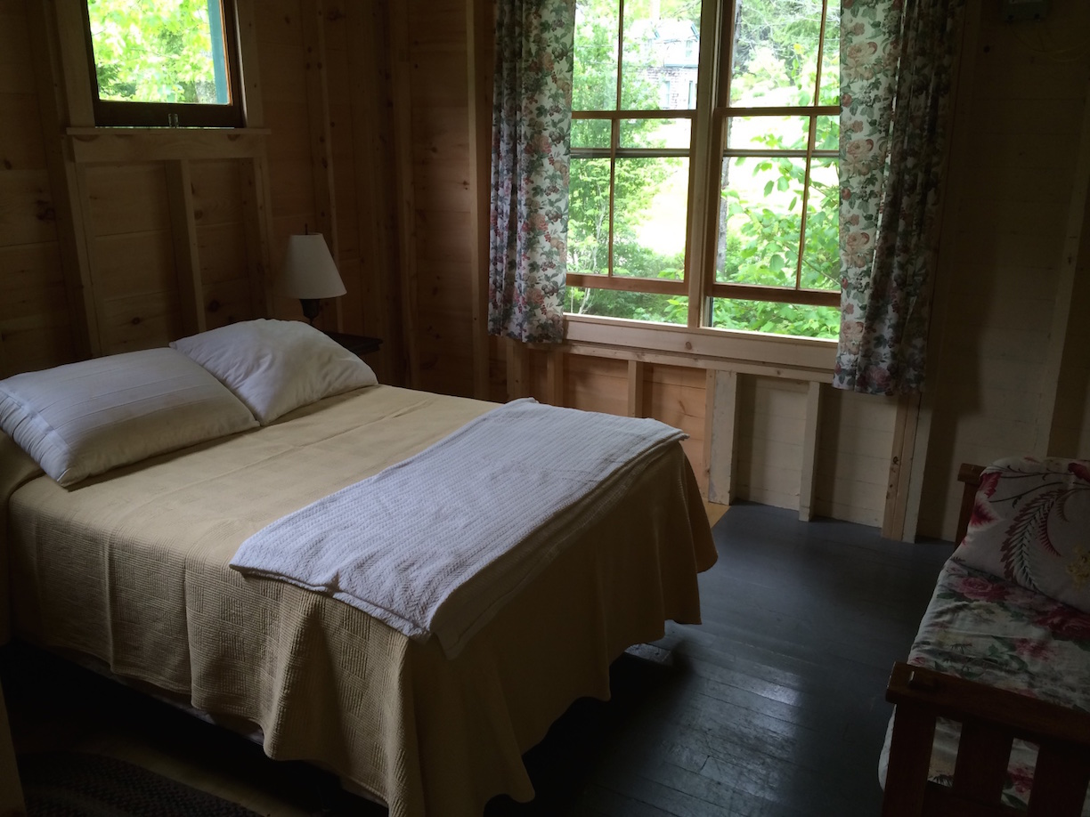 Crow's Nest: Bedroom