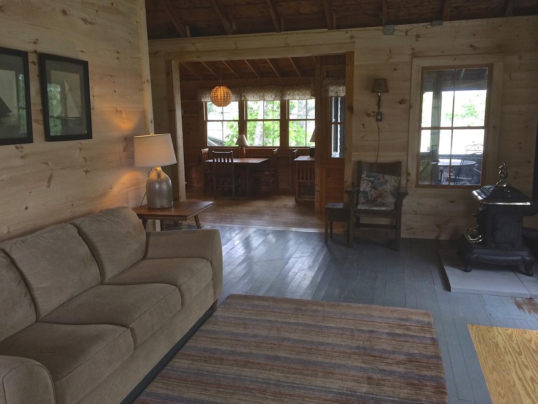 Crow's Nest: Living Room