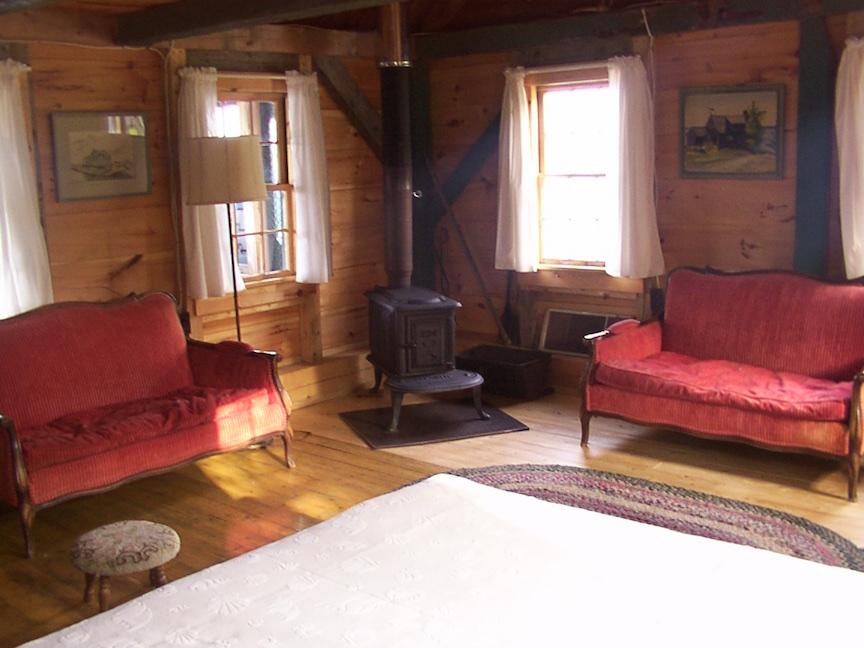 Gull's Roost: Living Room