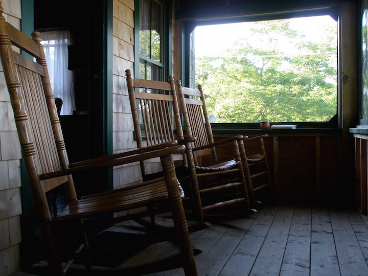 Tamaracks: Porch