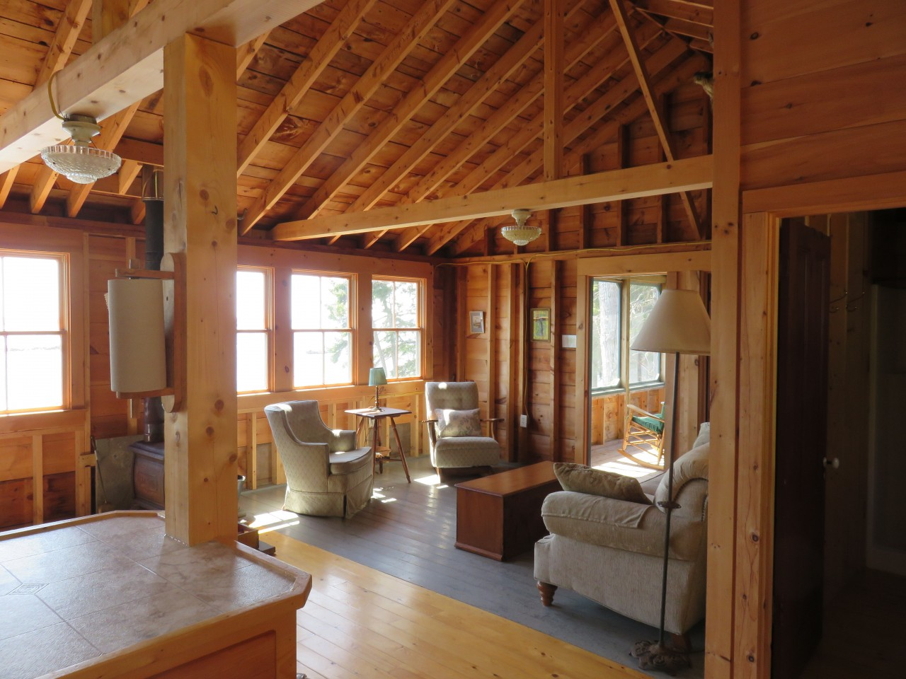 Fairview: livingroom